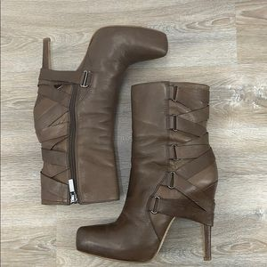 Boutique 9 heeled leather boots